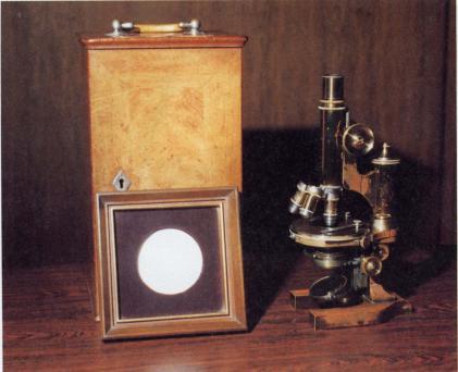 ローベルトコッホ博士使用の顕微鏡