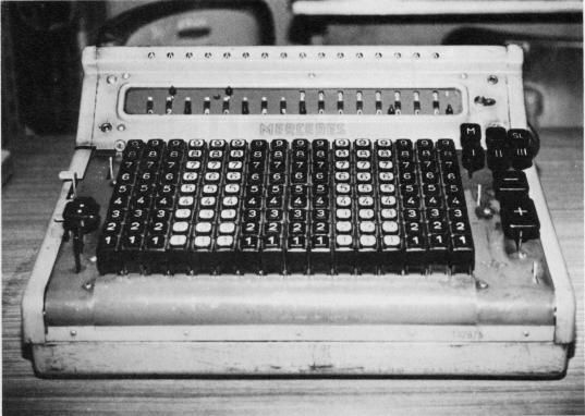 電動計算機 メルセデス