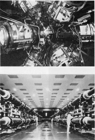 激光XII号ガラスレーザー装置及びターゲットチェンバーパネル